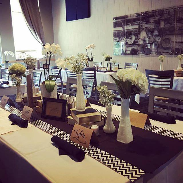 Decorated table with name tags and flowers